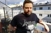 """Hisingsfilmaren Tomas Haglund, som tidigare bland annat gjort """"The Rocking Barber of Hisingen"""" är aktuell med en ny film. Foto: Betty Wohlén"""